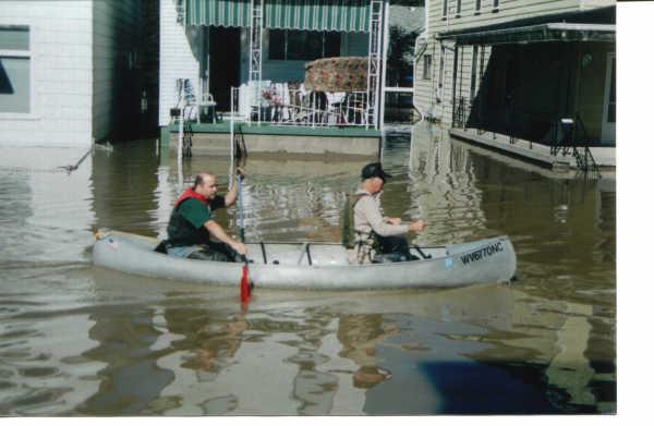 Whg Island - 2004 flood - Lynne Walton