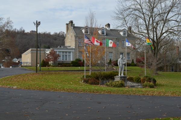 Monument Place