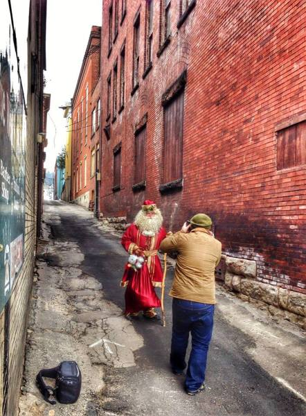 Wheeling Christmas - McKinley alley photo