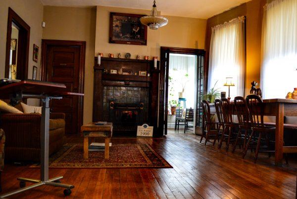 Murphy - living room