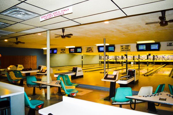The Rose Bowl Lanes is still in business today, and it has been upgraded with electronic scoring.