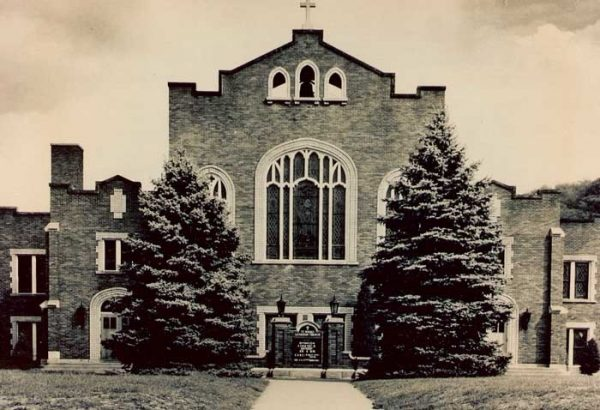 St. Marks Church at the top of Columbia Avenue on Kruger Street at it appeared when the Griffiths moved to Elm Grove in 1953.