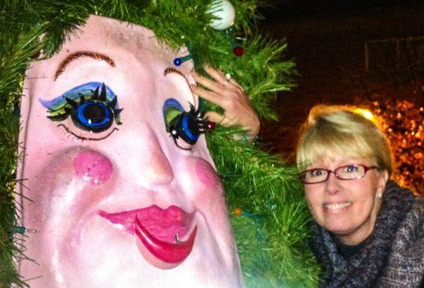 Talking Christmas Tree - cheek to cheek