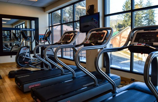 The fitness facility at the Hampton Inn Wheeling.