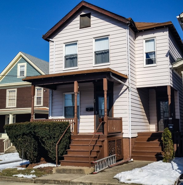 This duplex rests along Lynwood Avenue, and the second-floor apartment is available at this time.
