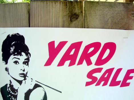 Yard-Sale-Vinatge.preview