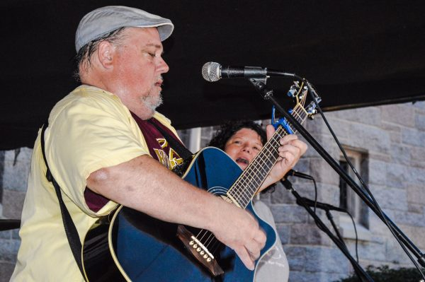 "Jeff ""Smokedaddy"" Tappe"" and Amy Jo Hutchison were the headline performers Saturday evening."