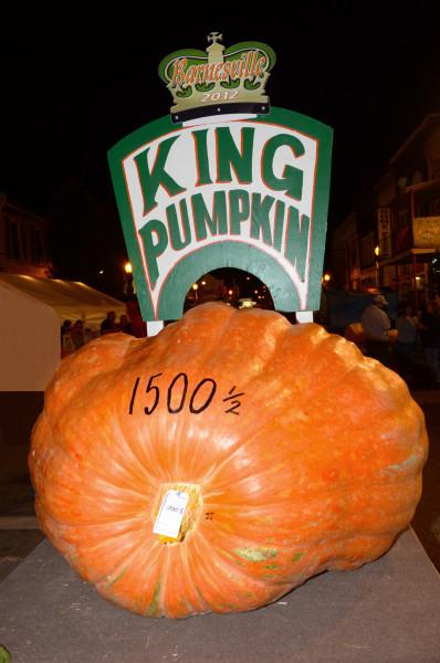 King_Pumpkin_2012_Barnesville_Pumpkin_Festival