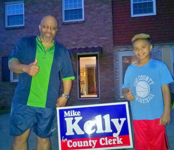 Kevin and Amani Stradwick are Mike Kelly supporters.